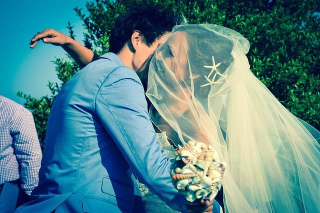 objetí nevěsty